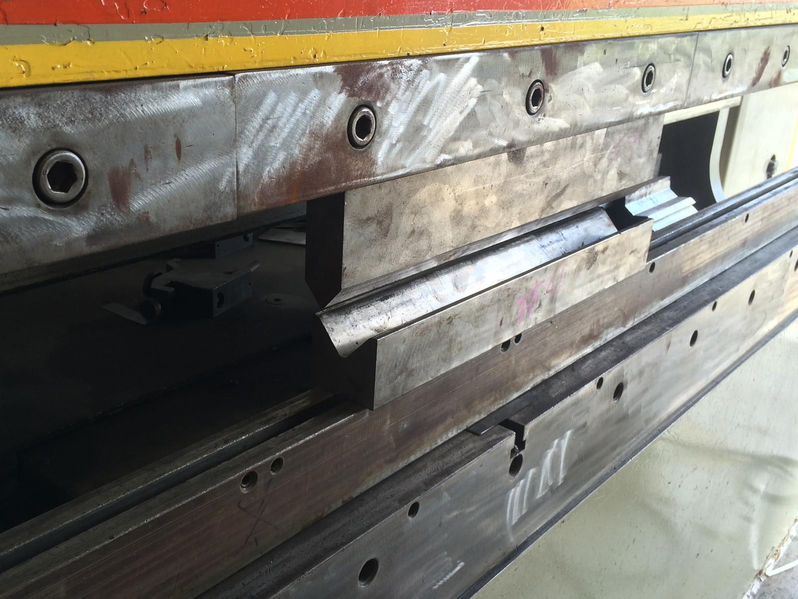 CNC-Brake-Press_1600x1200